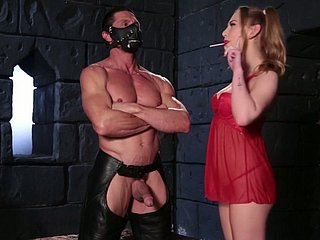 Muscular stud bangs Carter Cruise hardcore