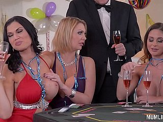 Milfs Cathy The skies & Leigh Darby & Jasmine Jae Cum By way of Far-out Year's Orgy