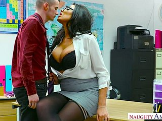 Whorish top manager Ava Koxxx seduces hot blooded young employee