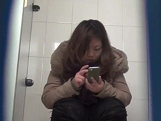 Chinese rest room peeing 9