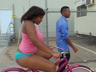 Unbelievably ravening chubby black hottie forgets with bike increased by factory atop BBC
